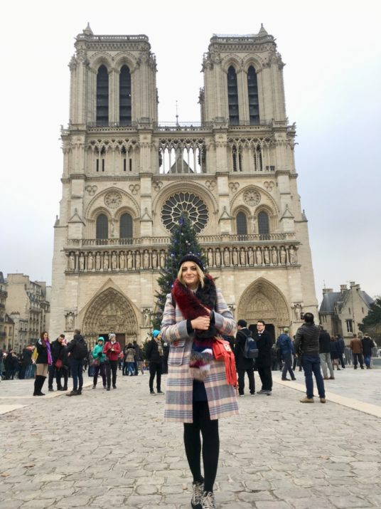 Lady Si Lifestyle Blog Paris and the magic of Christmas season Lifestyle Travel