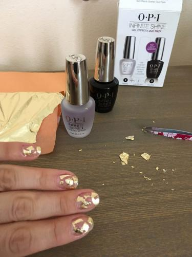 LadySi Lifestyle Blog Easy nail art with gold foil Beauty
